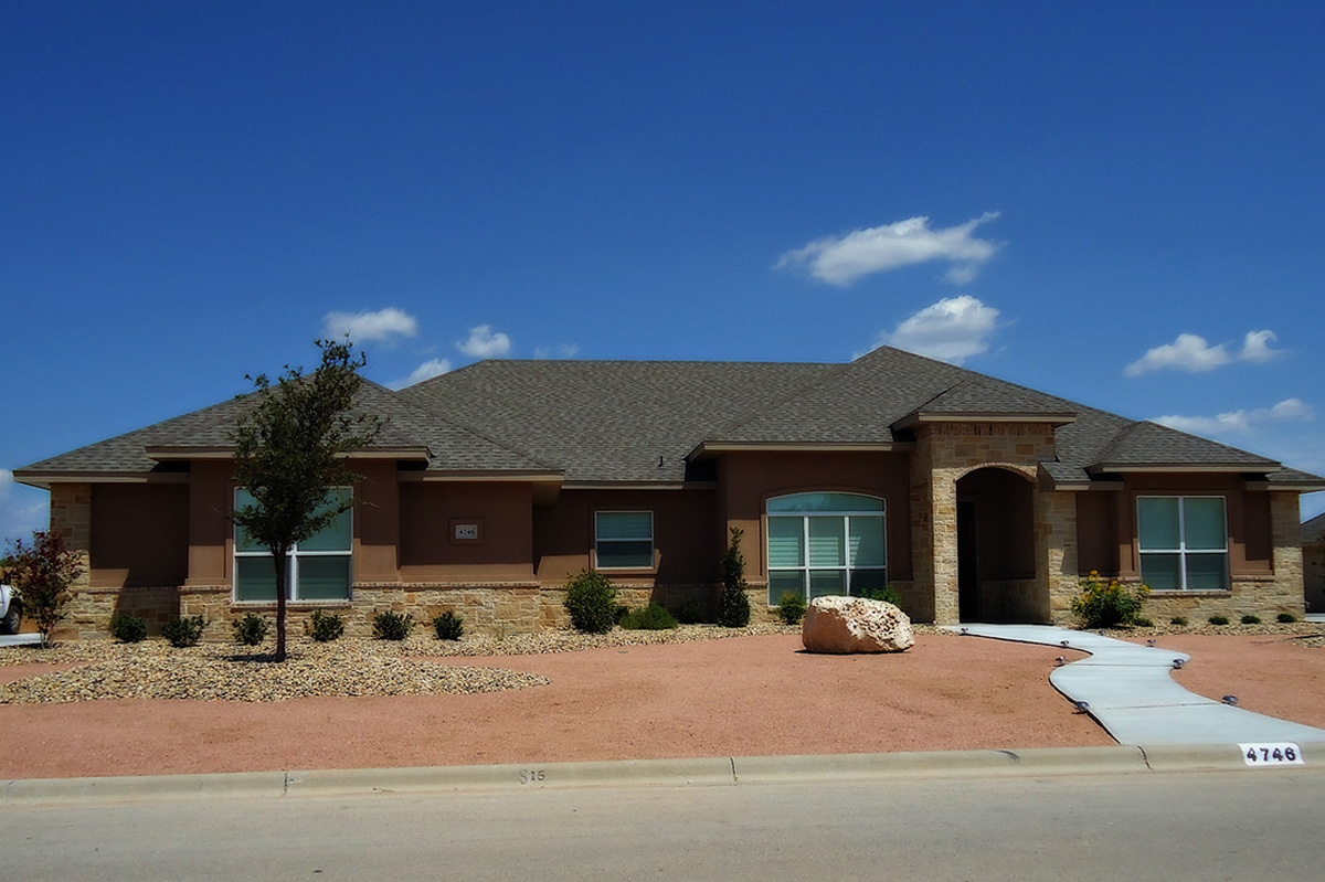 A Clark Construction residential home built in San Angelo.