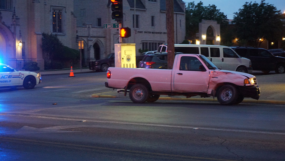 The driver of thi Ford Ranger was rushed to the hospital complaining of difficulty breathing. (LIVE! Photo/John Basquez)