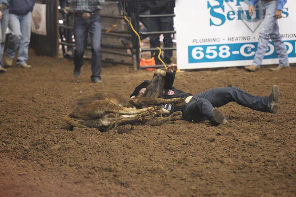 Dakota Eldridge's 3.1-second calf rope during the 6th performance of the 2018 San Angelo Rodeo on Feb. 10, 2018. (LIVE! Photo/Rodney Fleming)