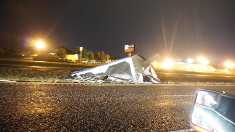 Debris on US HWY 87