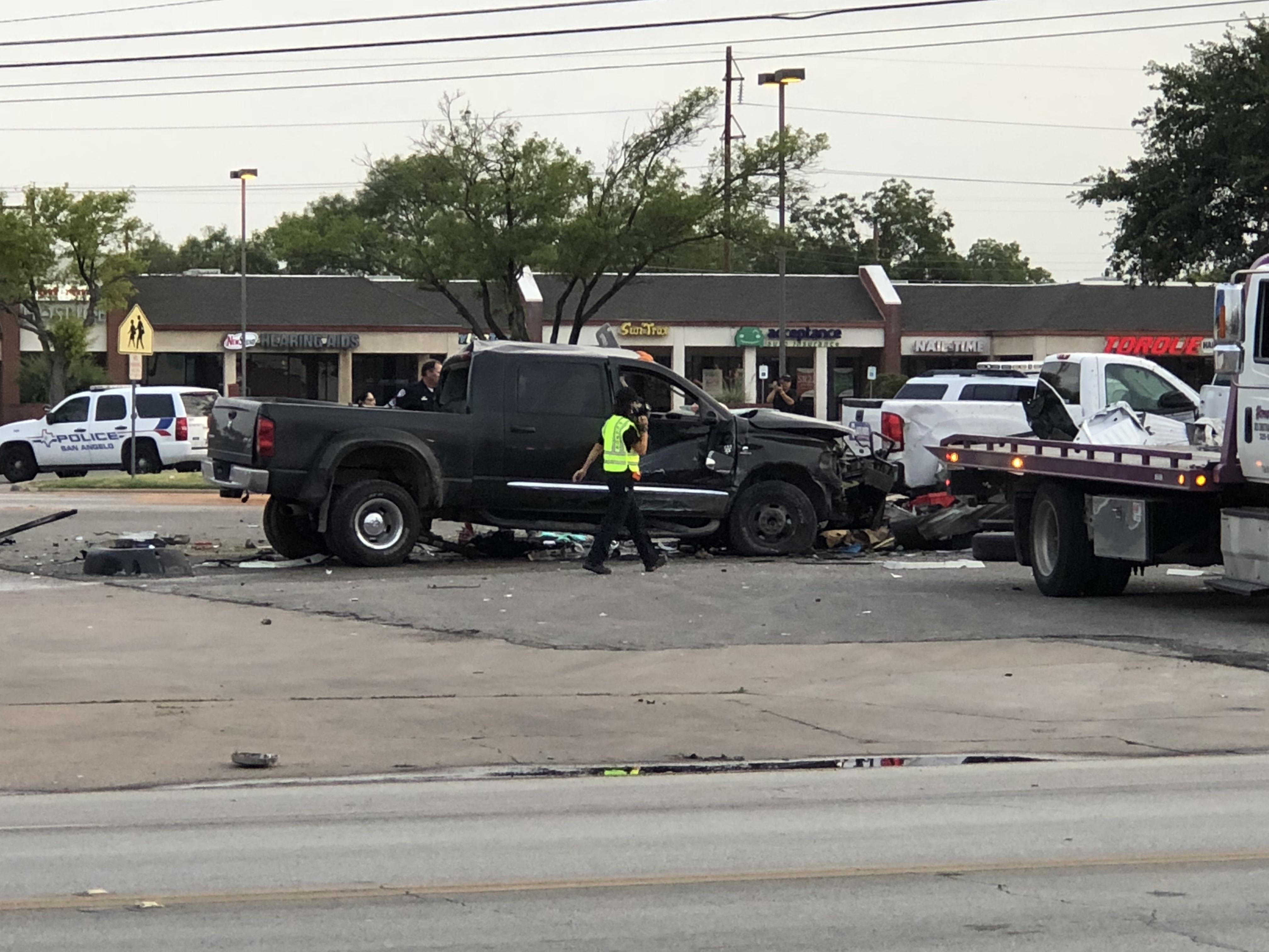 Fatal crash at Sherwood Way and Arden Rd. on July 10,2018. (LIVE! Photo/John Basquez)