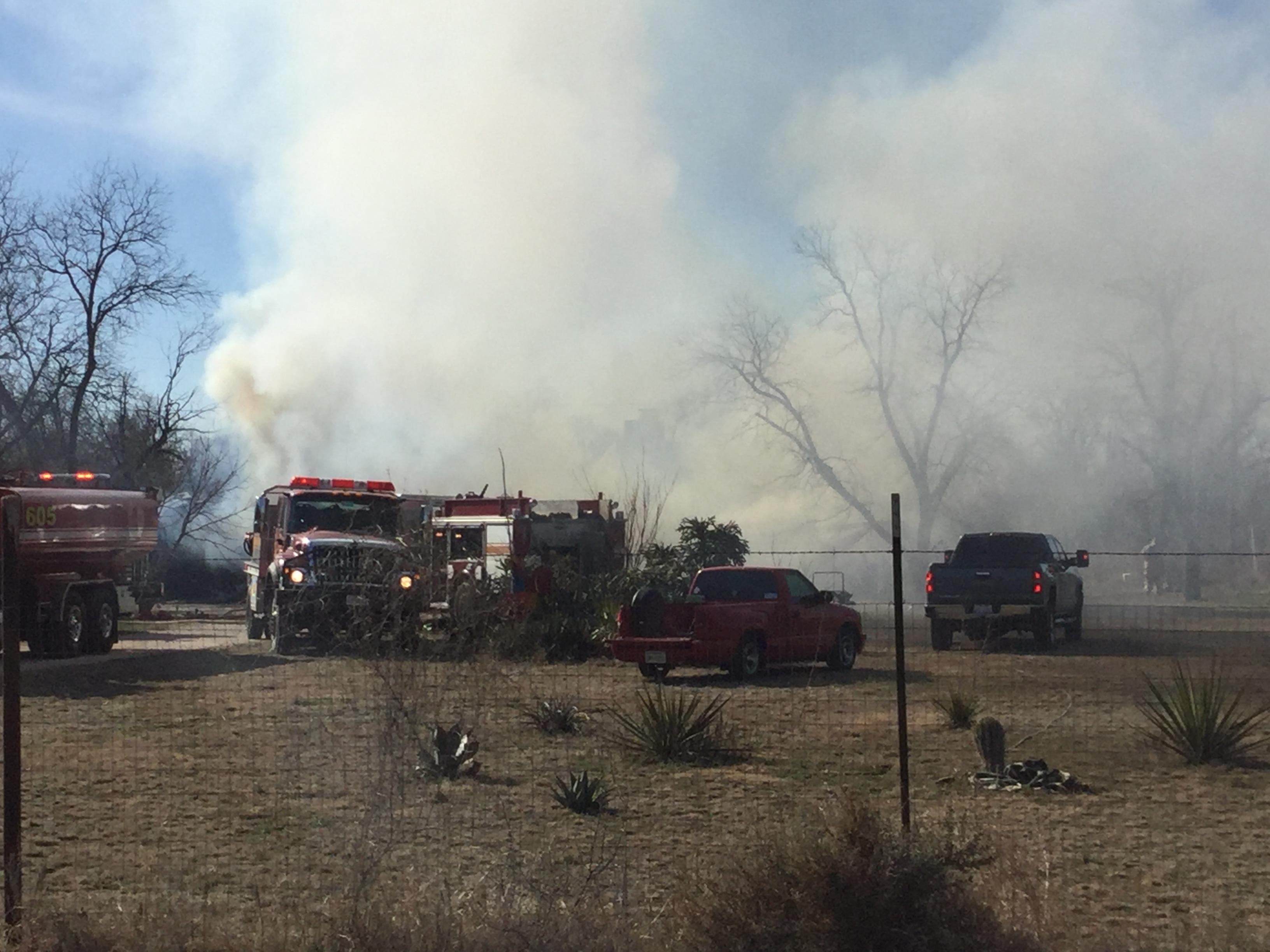 Grape Creek Fire (LIVE! Photo/Brandy Ramirez)