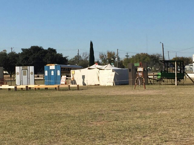 Vendors and reenactors prepare for Christmas at Old Ft. Concho.  Live Photo Yantis Green
