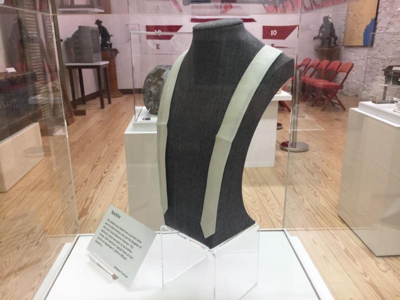Edith Grierson's necktie