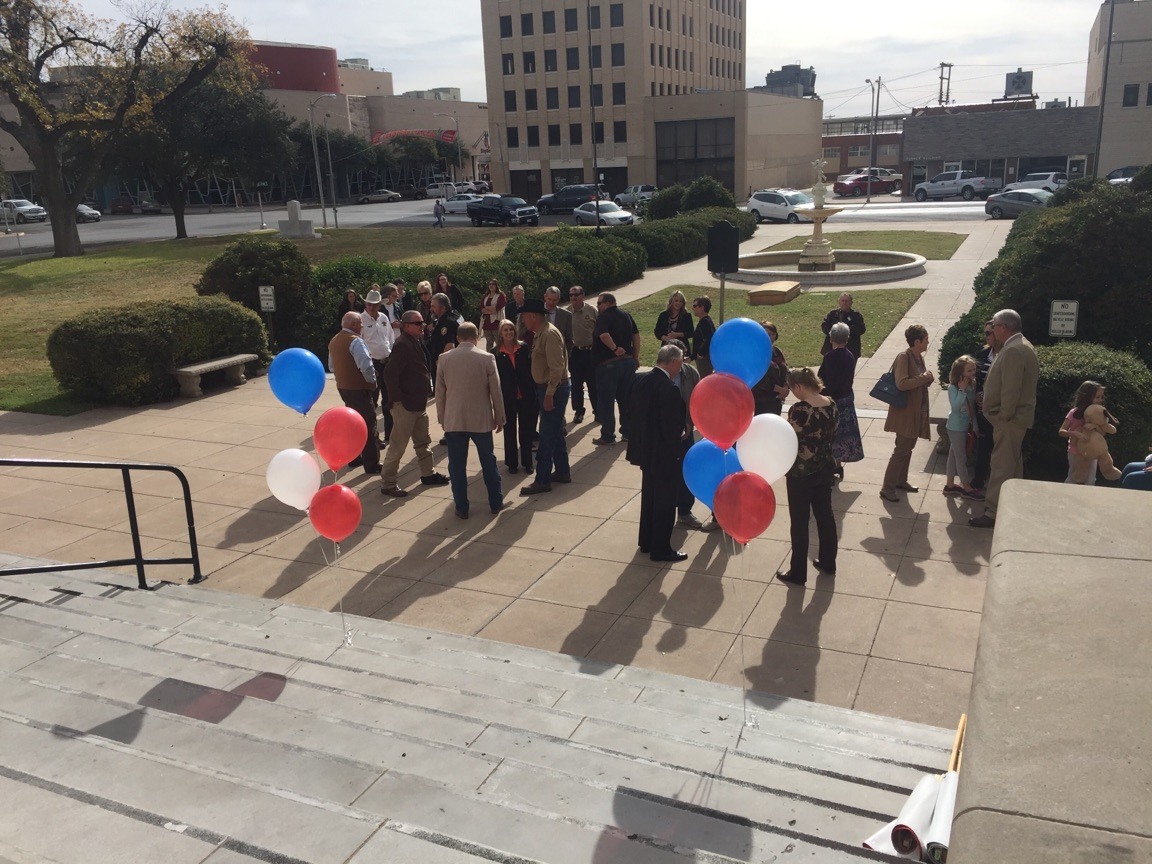 County GOP Supporters Rally at the courthouse for the 2018 Primary Election