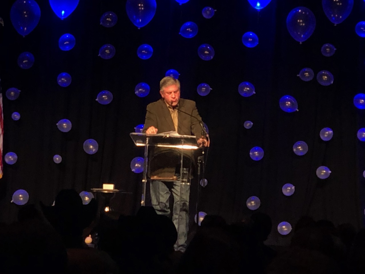 Bob Phillips of the TV show Texas Country Reporter was the keynote speaker. (LIVE! Photo/Joe Hyde)