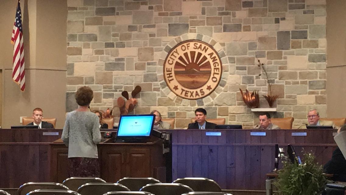 Lisa Marley speaks to City Council (LIVE! Photo/Maura Ballard)