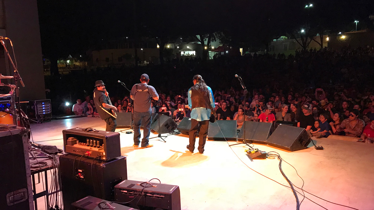 A cousin joins the 'Boys on stage with an accordion. (LIVE! Photo/Joe Hyde)