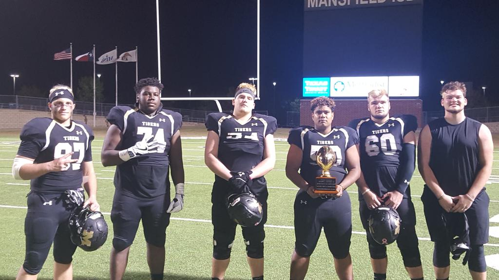 The Mansfield Offensive Line (On Da Marc Sports Marchem44 on Twitter)