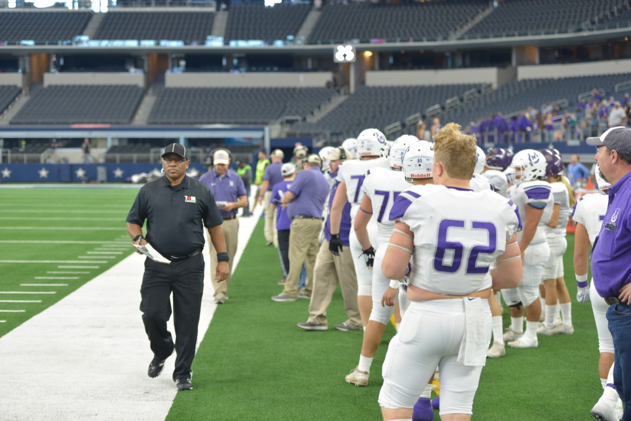 Looking down the Mason Puncher sideline at the 2018 UIL 2A D1 State Championship game against New Deal. (LIVE! Photo/Joe Hyde)