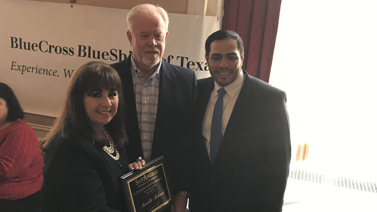 Monette Molinar with Chamber Chairman Chuck Shore and Minority Business Outreach Council Chairman Aaron Padilla. (LIVE! Photo/Joe Hyde)