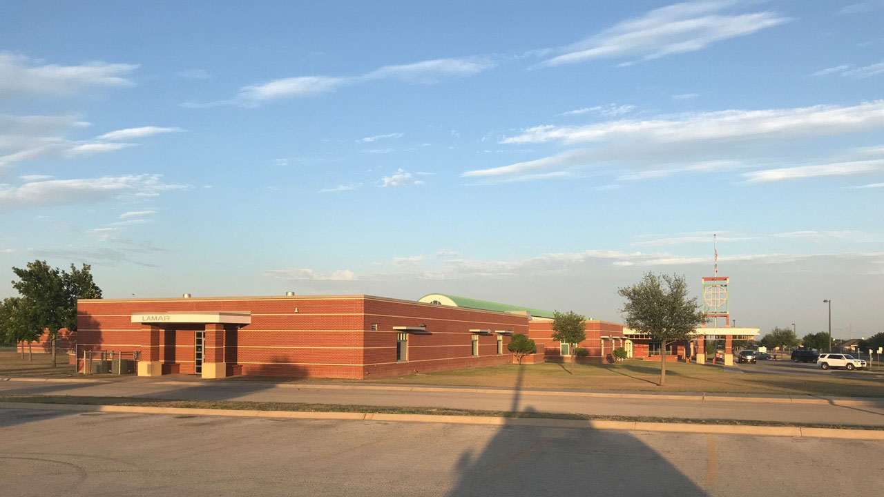 Lamar Elementary School in Southland. (LIVE! Photo/Joe Hyde)
