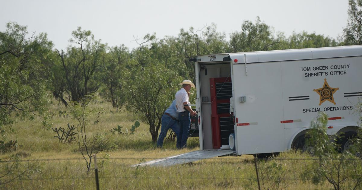 The Tom Green County Crime Investigation trailer on scene where Eric Torrez's body was found. (LIVE! Photo/Cameron Niblock)