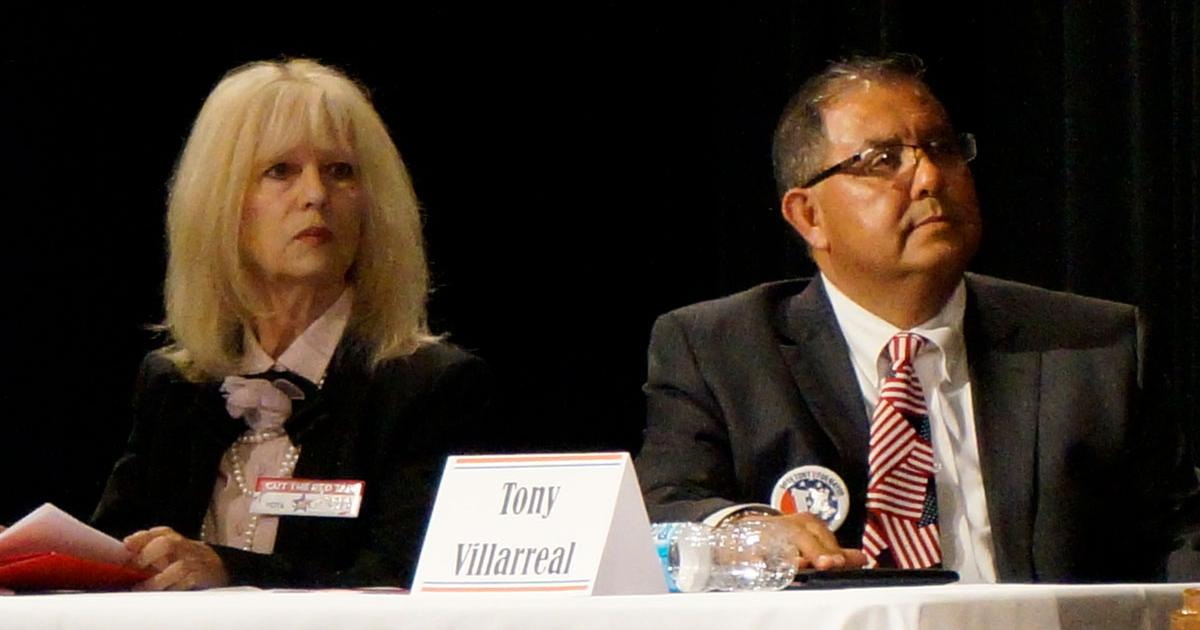Brenda Gunter and Tony Villarreal at the Chamber Candidates Forum on March 28, 2017. (LIVE! Photo/Joe Hyde)
