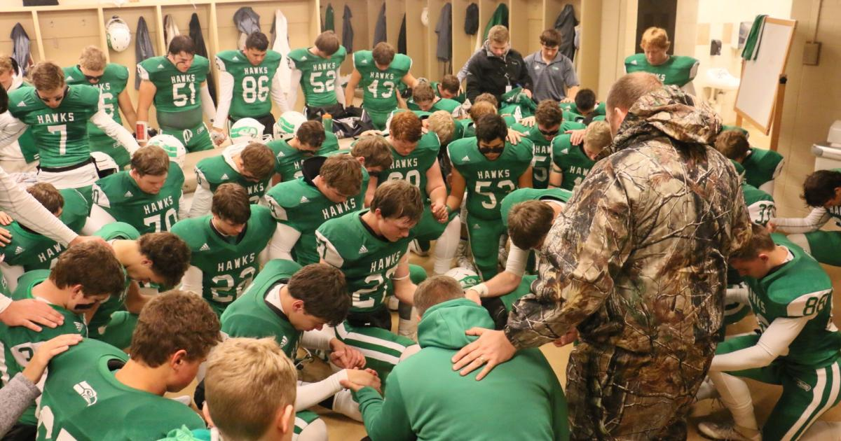 A locker room moment. (Contributed/Rodney Fleming)