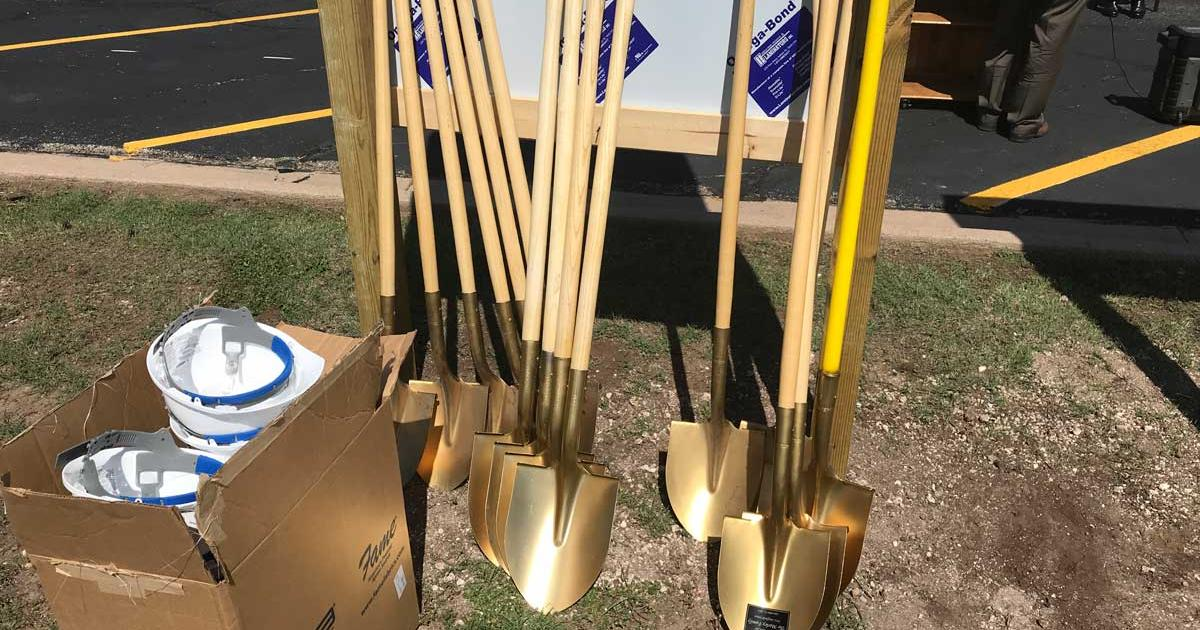 Gold shovels at the ready for the groundbreaking of the Howard College Construction Trades Center on Oct. 5, 2017. (LIVE! Photo/Joe Hyde)