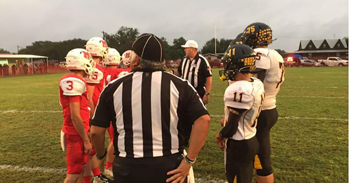 The coin toss before kickoff at the Menard at Miles game on Sept. 29, 2017. (LIVE! Photo/Miguel Jaurequi)