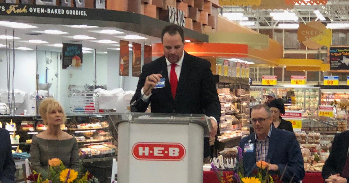 Nick George, the H-E-B Unit Manager for the store located at 5502 Sherwood Way. (LIVE! Photo/John Basquez)