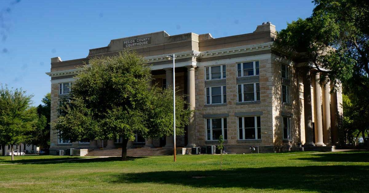 The Pecos County Courthouse (LIVE! Photo/Joe Hyde)
