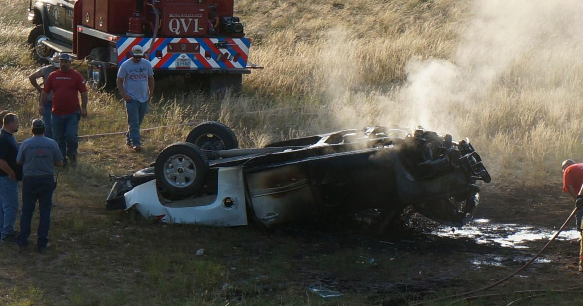 Chevy pickup that law enforcement was chasing after the crash (LIVE! Photo'Joe Hyde)