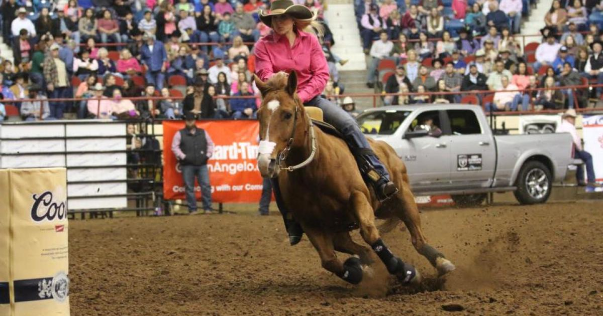 Barrel racer Tiany Schuster of Krum, Texas. (LIVE! Photo/Rodney Fleming)