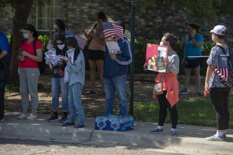 Protestors Outside Pastor Fu's Home
