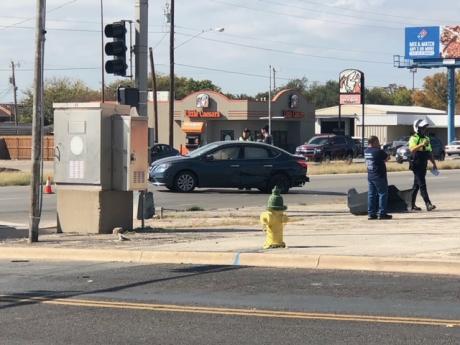 Crash 23rd St. and N. Bryant Blvd.  (LIVE! Photo/Sonia Ramirez)