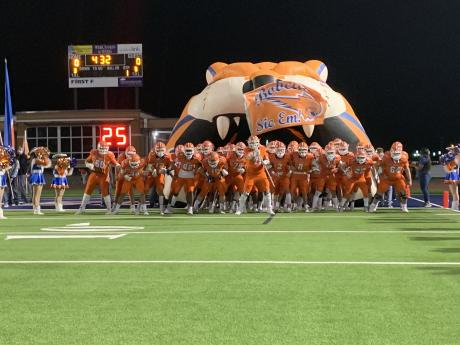 The San Angelo Central Bobcats take the field to face the Odessa Permian Panthers on Nov. 20, 2020. (LIVE! Photo/Ryan Chadwick)