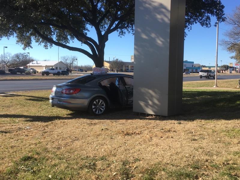 Crash on 19th St. & Bryant (LIVE! Photo/Stephanie Lindgren)