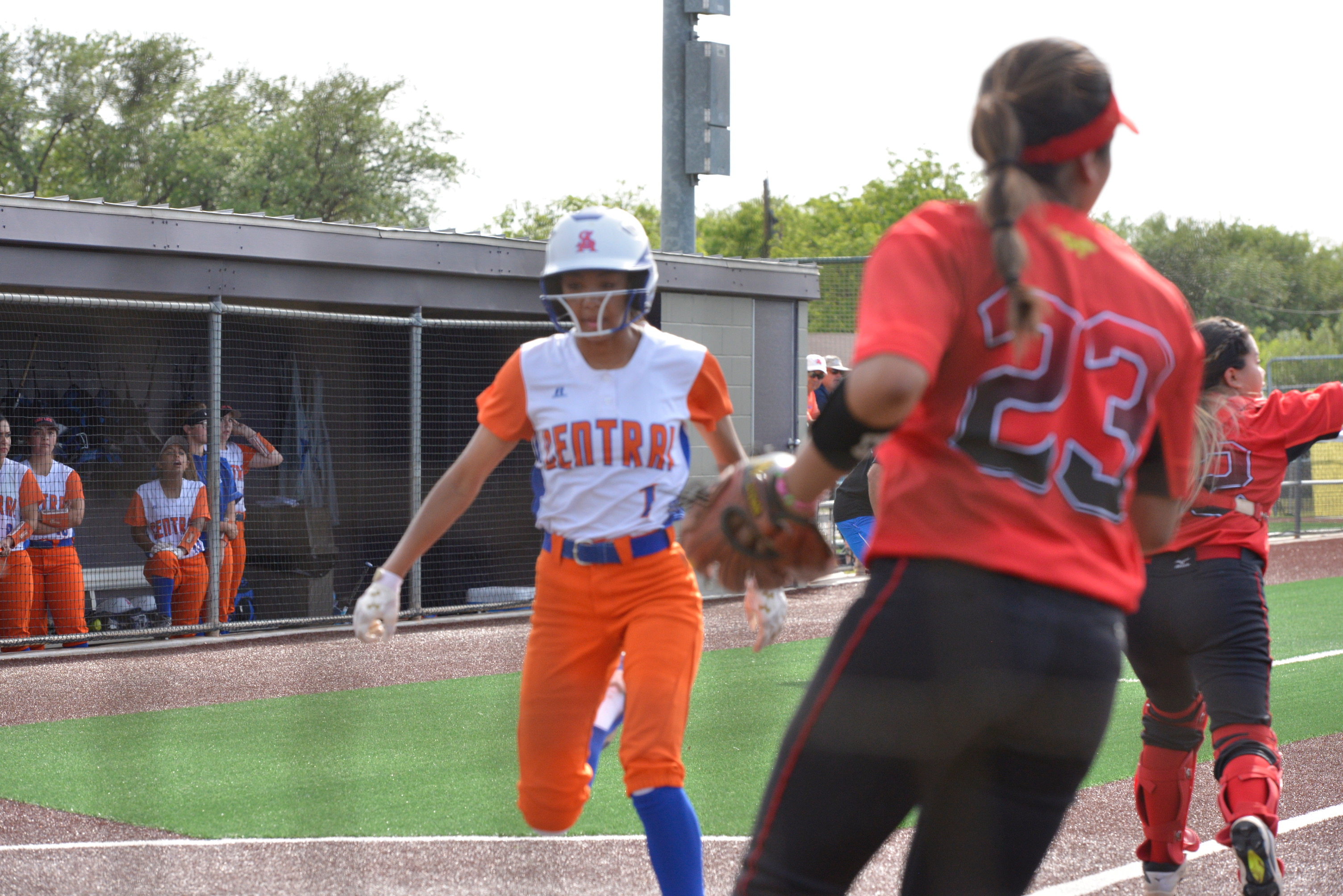 Central's Kaleigh Ochinang scores a run against South Grand Prairie in the Bi-District playoff. April 27, 2018 (LIVE! Photo/Sam Fowler)
