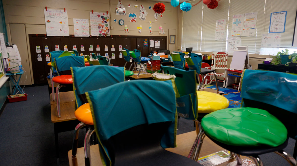 Small, crowded classrooms at McGill Elementary School. (LIVE! Photo/Joe Hyde)