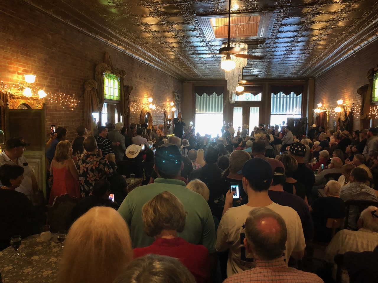 The standing room only crowd at Miss Hattie's Restaurant for the Senator Ted Cruz rally. (LIVE! Photo/Joe Hyde)