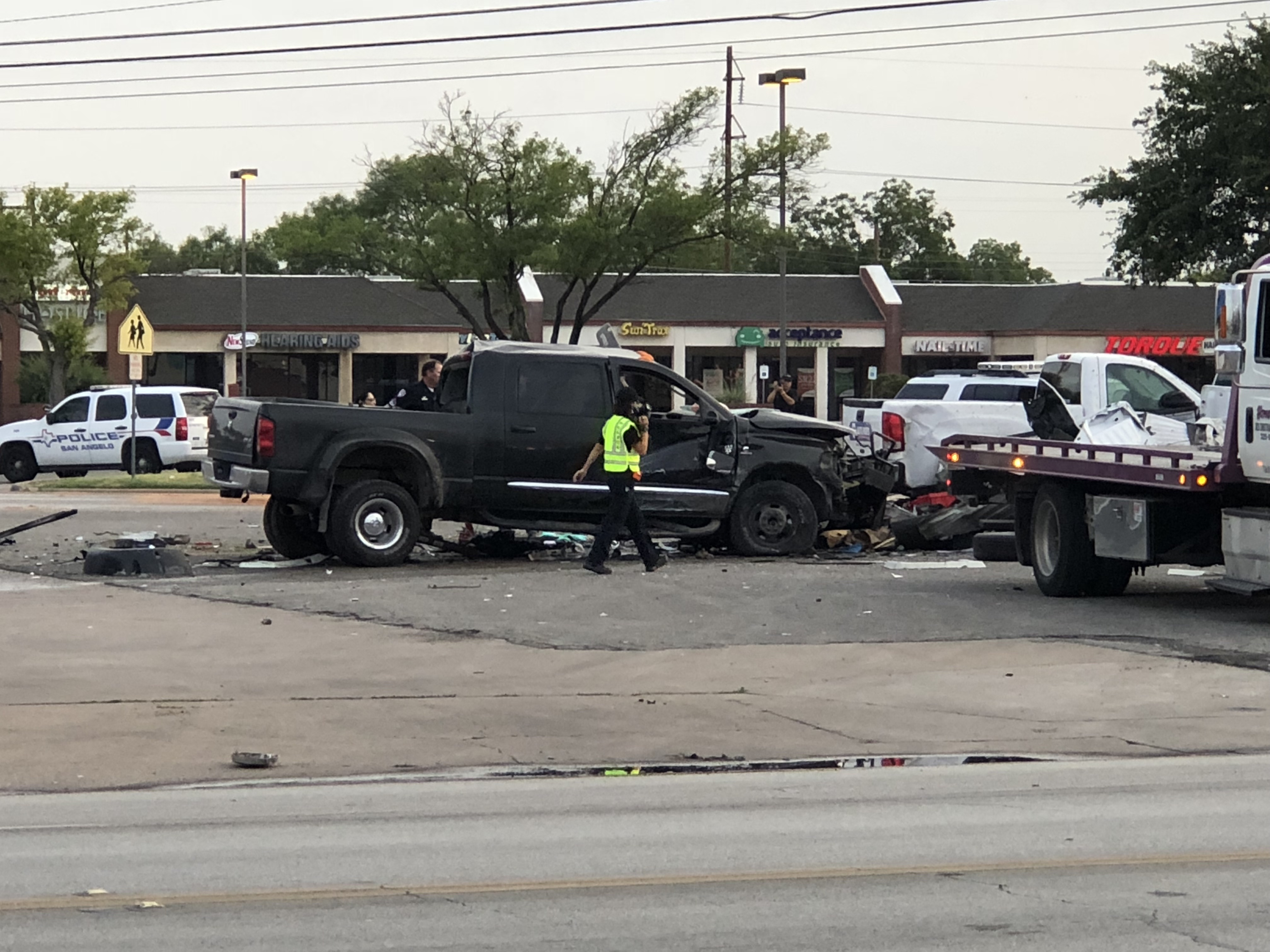 Fatal crash at Sherwood Way and Arden Rd. on July 10,2018. (LIVE! Photo/John Basquez)