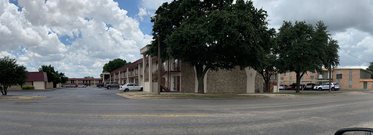 Shooting investigation at San Angelo motel on July 7, 2019. (LIVE! Photo/John Basquez)