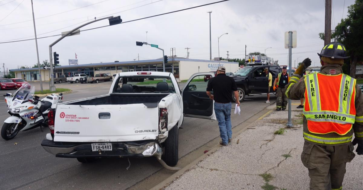The crash at Washington and Koenigheim on July 8, 2015. (LIVE! Photo/John Basquez)