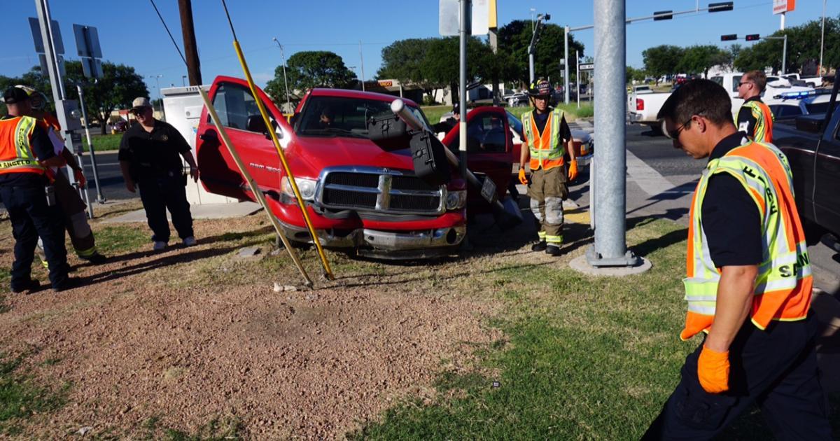 Single vehicle crash of a Dodge Ram at 19th and N. Bryant on July 16, 2015. (LIVE! Photo/John Basquez)