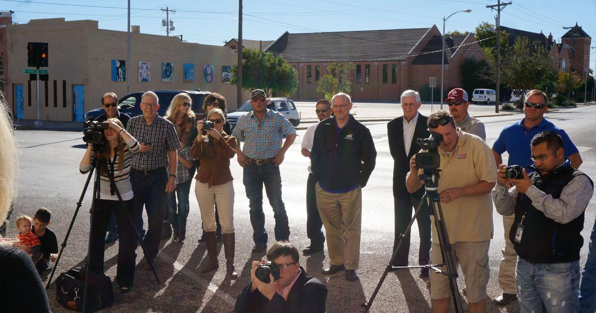 Media and business leaders were present to celebrate the ground breaking. (LIVE! Photo/Joe Hyde)