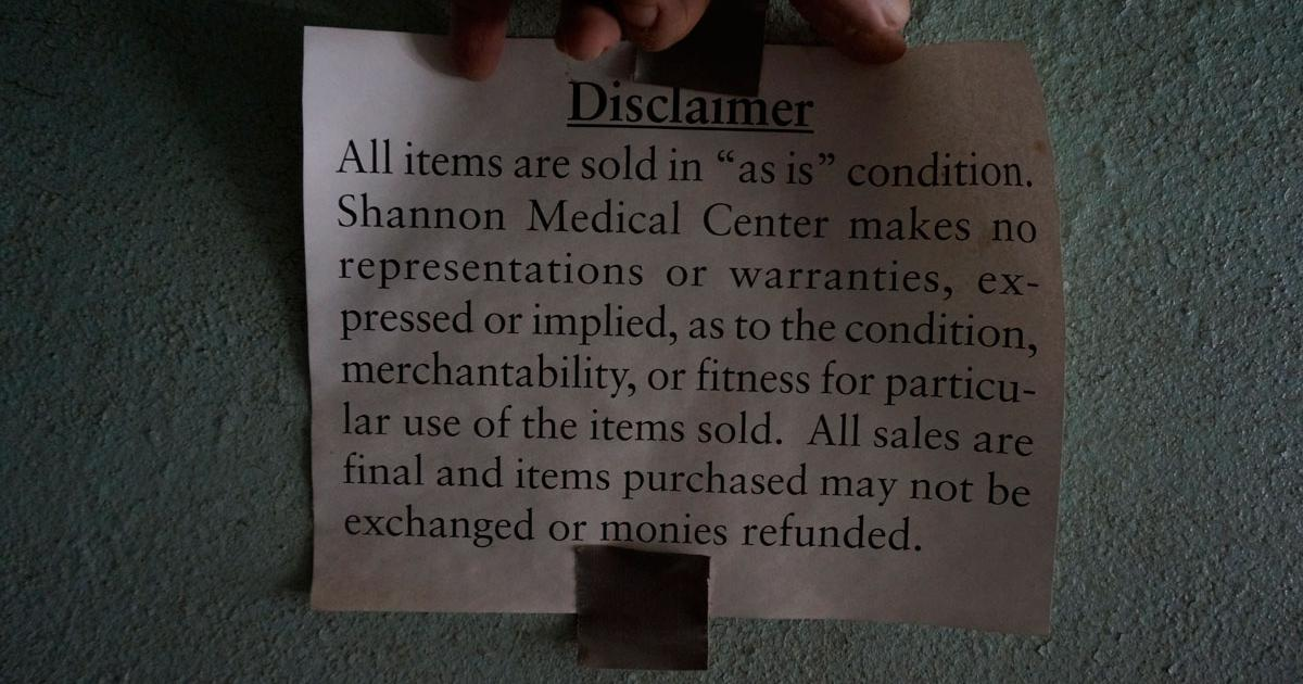 An undated sign, likely from the mid-2000s advising customers purchasing old fixtures that all sales are final. (LIVE! Photo/Joe Hyde)
