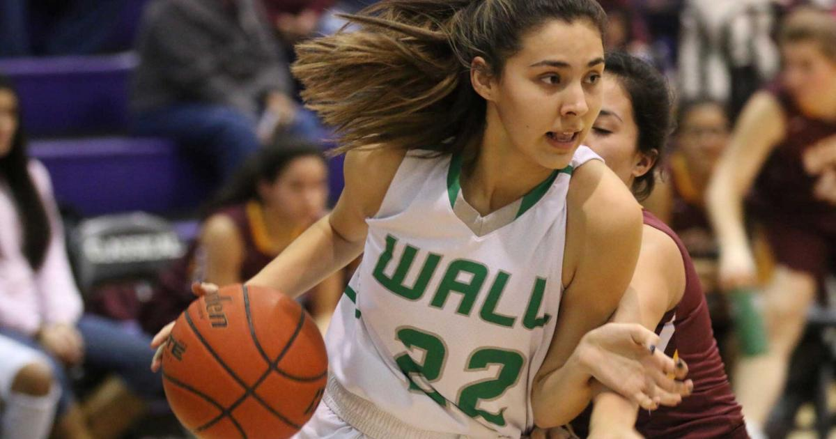 Sophomore Sam Rocha at the Wall vs. Kermit playoff game in Midland on Feb. 13, 2017. (Contributed/Rodney Fleming)